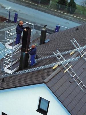 Gut bekannt Steigtechnik für Zimmerer und Dachdecker | Siegel Leitern und Gerüste NL41